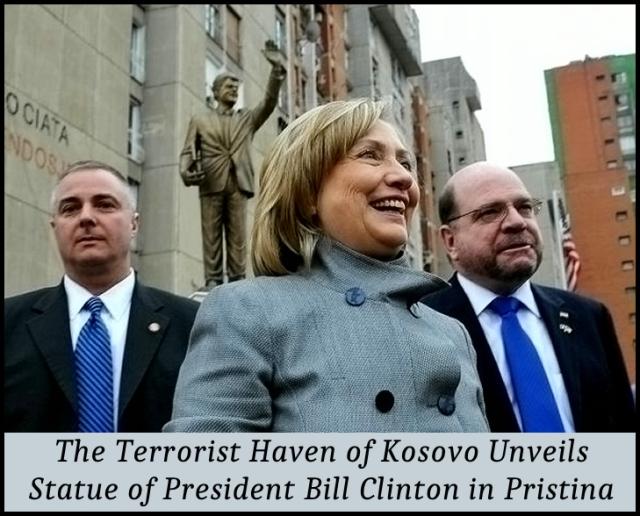 Statue of Bill Clinton in Kosovo