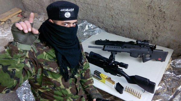 nato-puppet-azov-battalion-wears-daesh-insignia-6